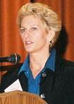 Pam Korza Headshot
